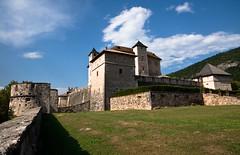 Castel Thun (Silvio Spaventa - Spav'68) Tags: italy castle rock nikon italia castello trentino d90 castelthun