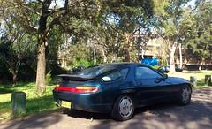 blue porsche v8 928
