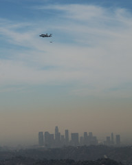 Endeavour and Downtown Los Angeles (justinm) Tags: smog losangeles los haze nikon glendale angeles telephoto shuttle endeavour d7k d7000 flintpeak