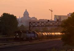 Capitol Glint; St. Paul, MN (Ottergoose) Tags: emdsd402 emdsd60 bnsf6703 emdx9044