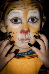 I am a Tiger (aleemsm) Tags: school india home girl delhi tiger daughter performance fancydress aasiya canon85mm18