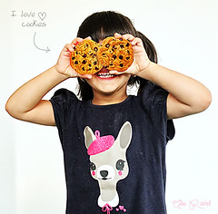 I love cookies (Alaa rashid | ) Tags: cute love girl cookies canon kid d600