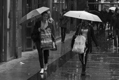Rainy day in Goteborg (Olderhvit) Tags: street city girls people bw white black rain umbrella canon göteborg photography sweden gothenburg streetshots streetphotography 7d streetphoto petri sv regn goteborg blackandwhitephotography vitt svart 24105 paraply svv gatubilder gšteborg gatu gatufoto gatufotografi img3309 olderhvit