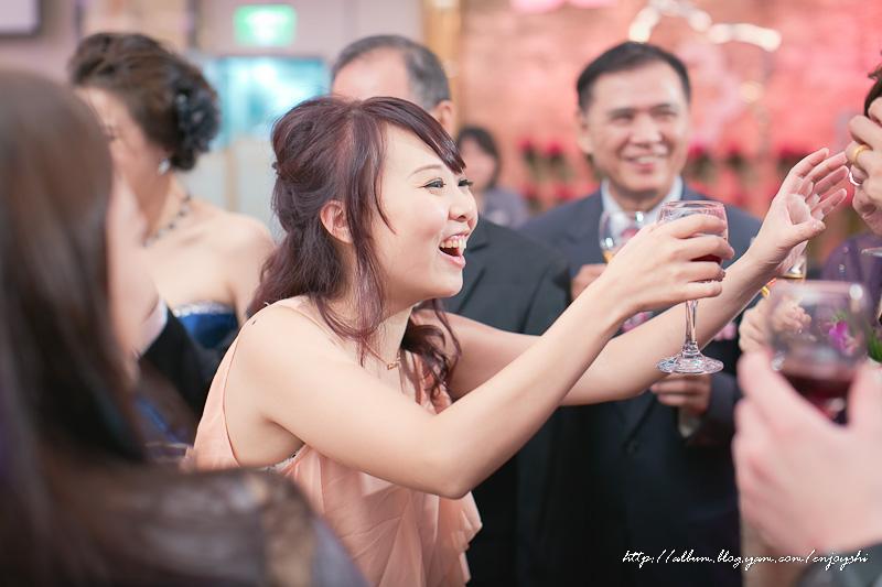 炳霖 依萍 結婚-0216.jpg