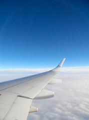 Above The Clouds (livi_lh) Tags: travel reizen clouds sky flying plane aeroplane flight vlucht window view hemel droom klm