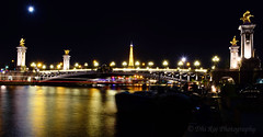Golden (dhirajkumarhazra) Tags: pontalexandreiii toureiffel paris parisatnight europe france longexposure night nikon seine river bridge