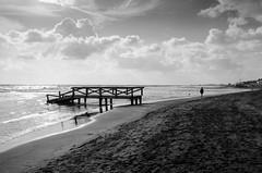 summer's end (simona.photo) Tags: bw beach sea nikon d7000 sigma1750