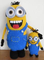 Minion Dave met broertje Kevin (hvanzuijlekom) Tags: gehaakt crochet knuffels katoen acryl minion kevin dave