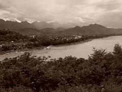 Pluie sur le Mekong Rain on the river Mekong (alainpere407) Tags: alainpere triptolaos laos mekong borddumekong rain pluie mousson monsoon