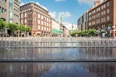 Fontnen (frank-hl) Tags: 1635mm altstadt fontne fusgngerzone lbeck stadtlandschaft urban wasser wasserkunst wassertropfen schleswigholstein deutschland