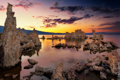 Mono Lake (Eddie 11uisma) Tags: california sunset lake mono golden lee hour tufa vining