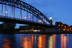 Sternbrcke (Prinz Wilbert) Tags: park panorama skyline night river germany europa europe nacht illumination magdeburg alemania fluss turm tyskland nuit allemagne stadthalle nite notte elbe germania alemanha mller stadtpark duitsland ostdeutschland nachts centraleurope norddeutschland sternbrcke mitteleuropa wrttemberg werder aussichtsturm saxonyanhalt sachsenanhalt albin  alemanya almanya niemcy saksa nmetorszg rotehorn nmecko   ostelbien c   ostfalen stromelbe vcija mittelelbe nordostdeutschland ostfalia  ynghermaan meideborg