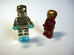 "Who is more ""iron""? (minifigures.pl) Tags: gold lego ironman superhero marvel goldplated goldchrome legosuperhero"