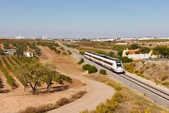 Nuevo 598 (Nohab0100) Tags: train tren caf intercity comboio renfe extremadura automotora dmu 598 villafrancadelosbarros