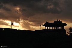 Hwaseong Fortress -JHS_4807 (oasisframe) Tags: sunset reflection landscape korea unesco nightview southkorea cultural suwon gyeonggido hwaseongfortress unescoworldculturalheritage hwahongmun banghwasuryujeong