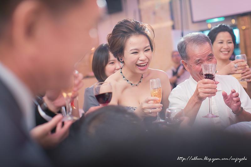炳霖 依萍 結婚-0228.jpg