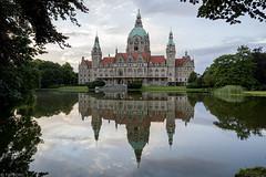 Neues Rathaus (Tim Boric) Tags: pool hannover rathaus teich vijver neues maschpark