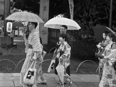 tokio (DROSAN DEM im traveling with me camera AJUA) Tags: tokio sintoismi sintosmo japon japan people gente