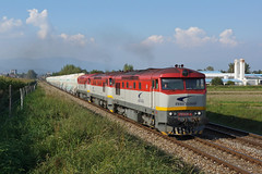 751035 Turcianske Teplice (Gridboy56) Tags: zsskcargo zssk slovakia europe bardotky grumpy pn55721 railways railroad railfreight trains train locomotive locomotives 751035 751047 751192 turciansketeplice