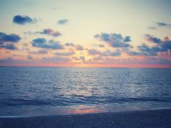 IMG_7573-02 (maurizio siani) Tags: canon s90 diamante calabria cosenza mare paesino spiaggia tramonto nuvole cielo sky orizzonte onde infinito sole sun