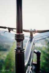 9point8-fallline-post-interbike-shoot-ajbarlas-250816-1480.jpg (a r d o r) Tags: 9point8 ajbarlas ardorphotography fallline falllineseatpost mtb mountainbike mountainbikes philszczepaniak squamish adjustableseatpost