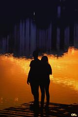 Sunset lovers (Otacílio Rodrigues) Tags: deck deque rio river prédios buildings casal couple pôrdosol sunset reflexos reflections silhueta silhouette água water urban cidade city resende brasil oro topf25