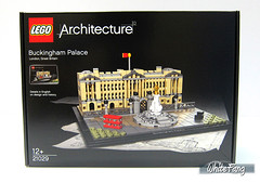 An original box image of the 21029 Buckingham Palace (WhiteFang (Eurobricks)) Tags: lego architecture set landmark country buckingham palace victoria elizabeth royal royalty family crown jewel imperial statue tourist united kingdom uk micro bus taxi