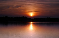 Feierabend (   flickrsprotte  ) Tags: sonnenuntergang selentersee schleswigholstein flickrsprotte nicon wasser explorer 2692016