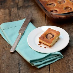 A slice of fig cake flavored with whiskey (abrowntable) Tags: