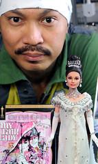 with my custom repainted My Fair Lady doll (ncruzdolls) Tags: audreyhepburn customizeddoll dollart myfairlady ooakdoll dollphotography elizadoolittle ooakrepaint dollartist matteldoll celebritydoll dollrepaint custombarbie customizedbarbie audreyhepburndoll noelcruz noelcruzrepaint mattelcelebritydoll noelcruzdoll noelcruzart ooakdollrepaint dollrepaintartist noelcruzcelebritydoll myfairladydoll elizadoolittledoll