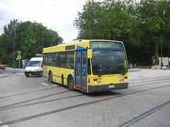 Brussels kleintje (GVB813) Tags: bruxelles wiener midi brussel vanhool citybus stib stadsbus mivb midibus