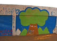 Maputo (meeeeeeeeeel) Tags: africa blue school tree beauty wall kids drawing african lindo mozambique maputo moz mz paintedwall childrenpainting taggedwall