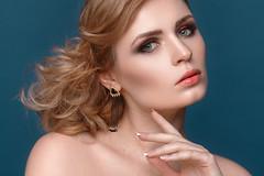 *** (laertyd) Tags: portrait girl beauty studio blonde retouch 135mm 135l