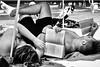 KAPITOLA 18 (Luca Maresca) Tags: spiaggia libro lettori lettore book gargano torre mileto sole mare bw black white blackandwhite sabbia relax kapitola canon 400d estate 2016 luglio ombrellone
