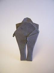 Who's staring at my rump - Charles Esseltine and Jeremy Shafer (Rui.Roda) Tags: origami papiroflexia papierfalten elefante olifant elephant whos staring rump charles esseltine jeremy shafer