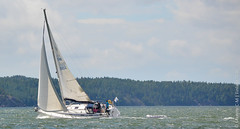 FIN 10102 (Maxime C-M ) Tags: sea mer suomi waves boat voile finland july 2016 nikon nikkor d3200 people navigation navigateurs finlande photography wind vent water