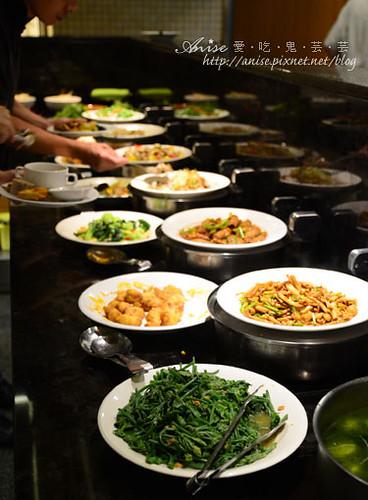 長春素食餐廳012.jpg