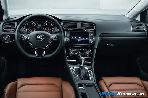 2013-Volkswagen-Golf-14