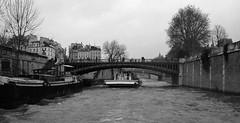 Pont au Double (jane_sanders) Tags: bridge paris france seine river boattrip ledelacit laseine pontaudouble