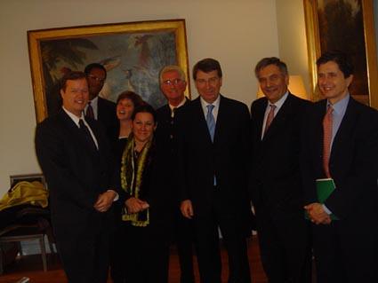 """Novembre 2004 rencontre avec le ministre de la cooperation Xavier Darcos • <a style=""""font-size:0.8em;"""" href=""""http://www.flickr.com/photos/60886266@N02/7975750015/"""" target=""""_blank"""">View on Flickr</a>"""