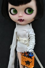What Francesca Comes with (Lawdeda ) Tags: people halloween by insane or lot talk special used francesca jacket blythe treat trick straight custom dolly edition pillowcase 107 scalp sized rbl lawdeda punkaholic lawdedacouture