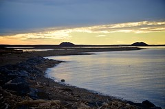 DSC_0736 (tonydevlin) Tags: culture nwt delta arctic inuit tradition northwestterritories tuk permafrost pingos tuktoyaktuk inuvialuit tonydevlin drumdancing