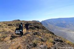 At the Rim of Tambora Crater. Sumbawa, Nusa Tenggara Barat, Indonesia (19 Sep 2012) (Vinchel) Tags: canon indonesia volcano ii usm ef nusa barat sumbawa tambora tenggara 14mm f28l 1dx