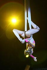Cirque Micheletty (sergio.pereira.gonzalez) Tags: artist circo circus cirque artista artiste unejournéeaucirque canon400d sergiopereiragonzalez cirquemicheletty httpfocale3fr