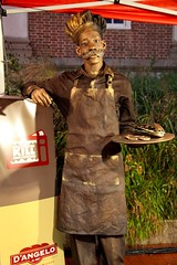 Living Statue at D'Angelo's