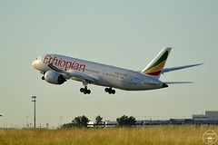 ET-ASG(3) (rgphotographiesaero) Tags: boeing b7878 b787 7878 787 ethiopian airlines aircraft spotting spotter airliners paris roissy charles de gaulle airport cdg lfpg etasg