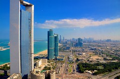 Abu Dhabi corniche road city view (larsling) Tags: abudhabi cleantech cleantechregion fromsweden greensolutions lars larsling ling nordic sunset sweden wfes15