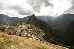Per - Cuzco (Nailton Barbosa) Tags: peru machu picchu montanha sagrada dos incas huayna cuzco berge wolken       mountain oblaci       oblano bjerg skyer per montaa nubes prou montagne nuages      nikon d80 clouds per montagna nuvole fjell           berg moln hory mraky dag bulutlar ni my    vale do rio urubamba