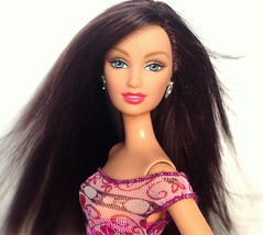 We could still express our passions. (dolldudemeow24) Tags: barbie fashion fever courtney fixed hair wind doll 2016