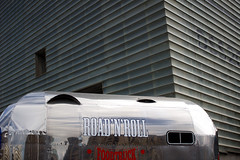 FOOD TRUCK (xavierturlot) Tags: foddtruck caravan aluminium architecture